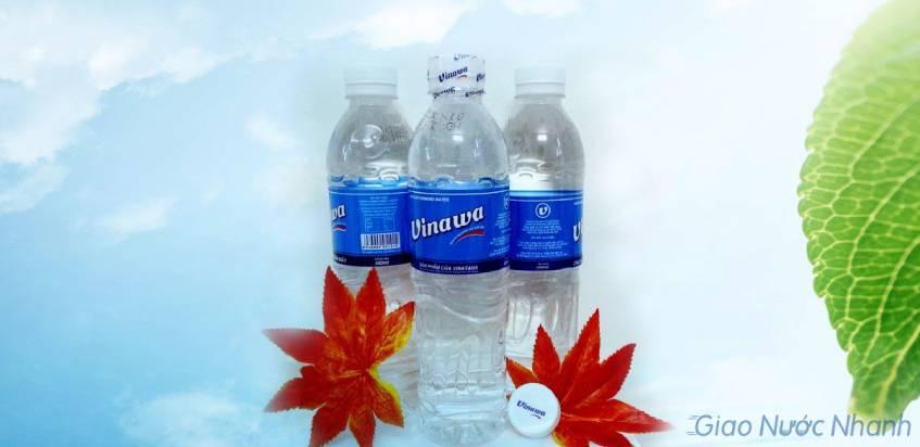 Nước tinh khiết Vinawa đóng chai