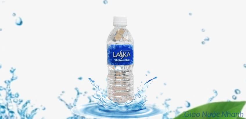 Nước tinh khiết Laska đóng chai