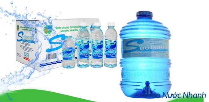 Nước đóng bình và chai của thương hiệu Suối Xanh